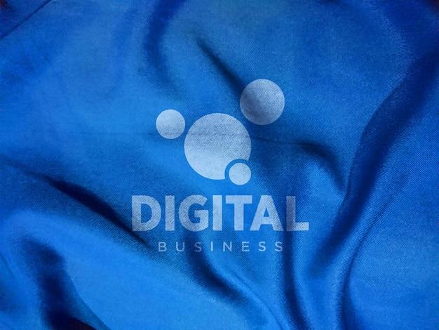 Maquete de logotipo de camiseta