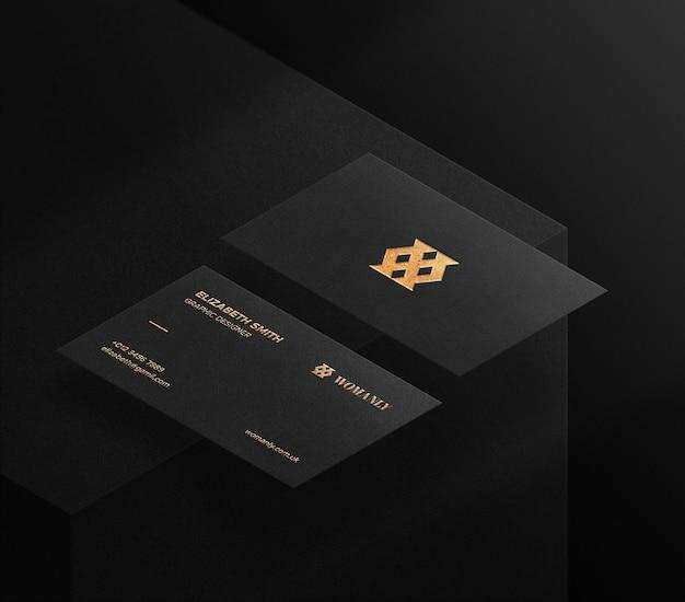 Maquete de logotipo de luxo no cartão de visita em uma cena 3d