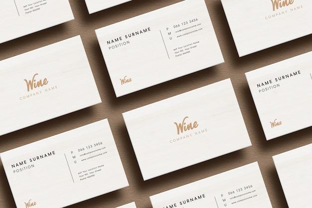 Maquete de logotipo de luxo no cartão mínimo.