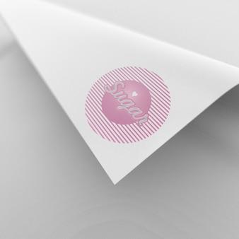 Maquete de logotipo de papel ondulado bonito e simples
