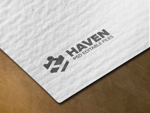 Maquete de logotipo de papel realista
