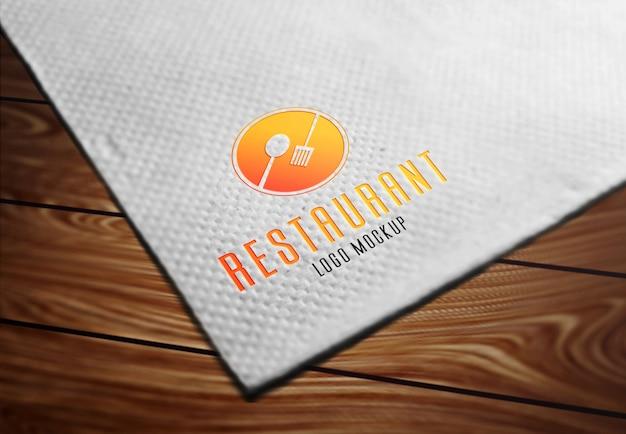 Maquete de logotipo de restaurante em papel de seda