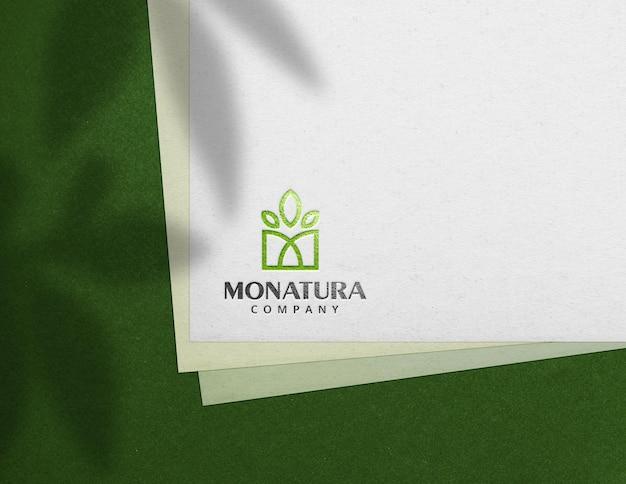 Maquete de logotipo de textura de papel
