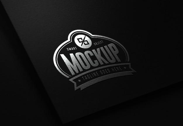 Maquete de logotipo editável em preto e prata moderno e luxuoso