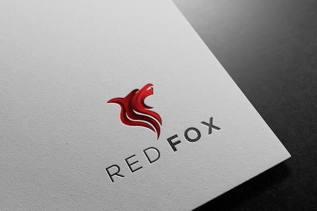 Maquete de logotipo em papel branco