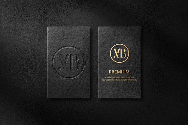 Maquete de logotipo em relevo de cartão de visita preto