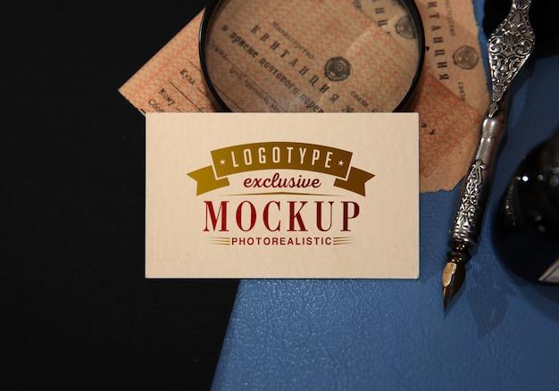 Maquete de logotipo fotorrealista em estilo vintage