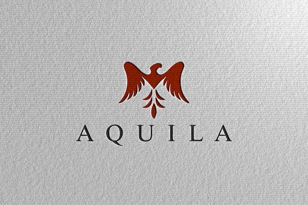 Maquete de logotipo perfurado de papel branco