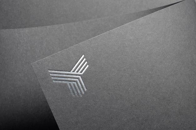 Maquete de logotipo prata elegante