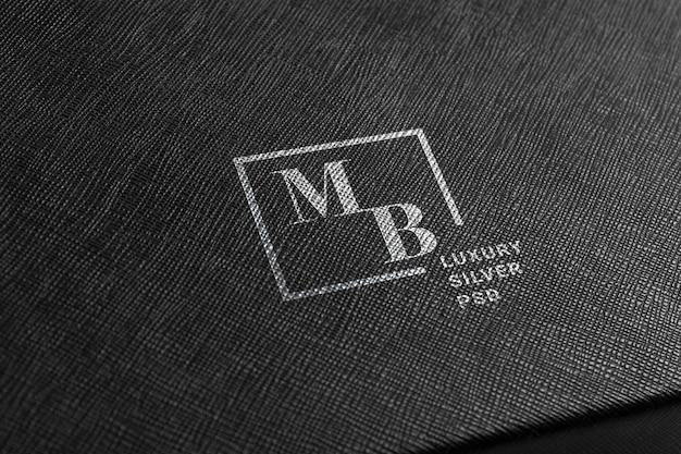 Maquete de logotipo prata.