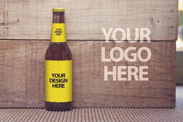 Maquete de madeira de cerveja