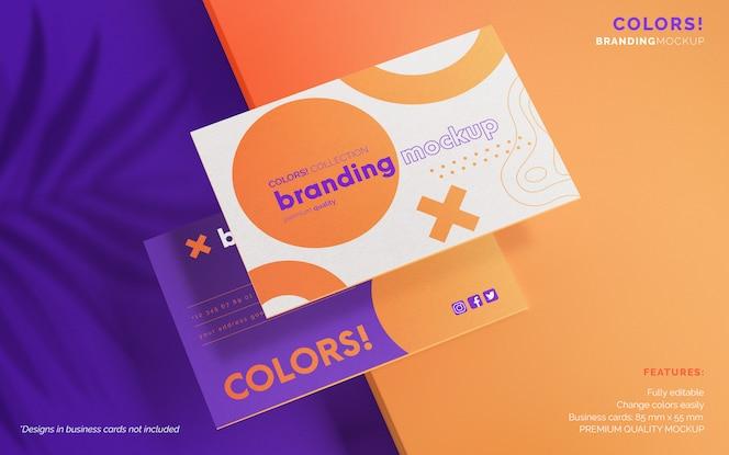 Maquete de marca moderna com cartões de visita