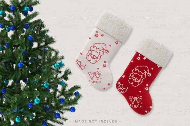 Maquete de meia de natal vermelha e branca