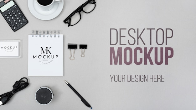 Maquete de mesa com notebook