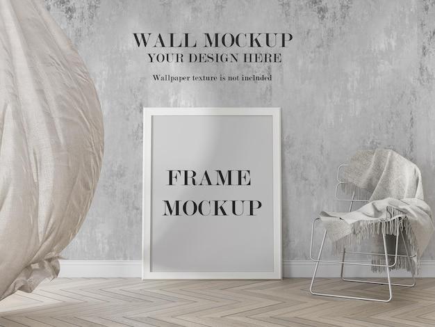 Maquete de moldura branca com cortina ondulante na sala