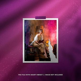 Maquete de moldura de foto de retrato rasgado de luxo com partículas de brilho Psd Premium