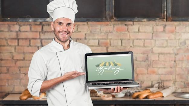Maquete de padaria com laptop