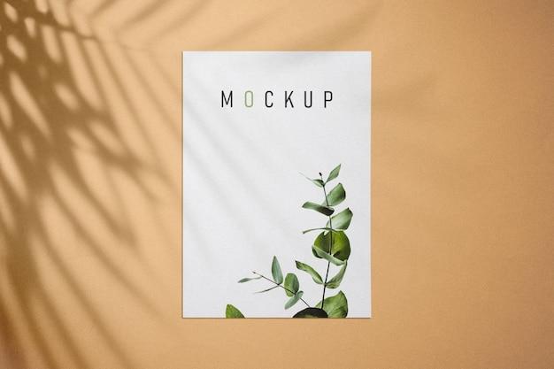 Maquete de panfleto e cartaz com sombras
