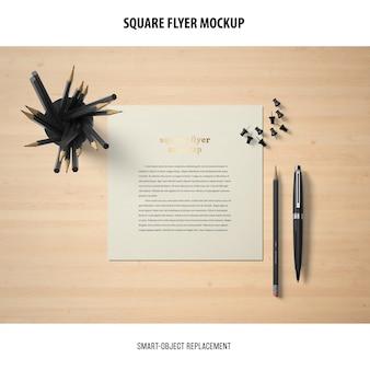 Maquete de panfleto quadrado