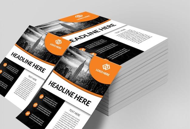 Maquete de panfletos empilhados