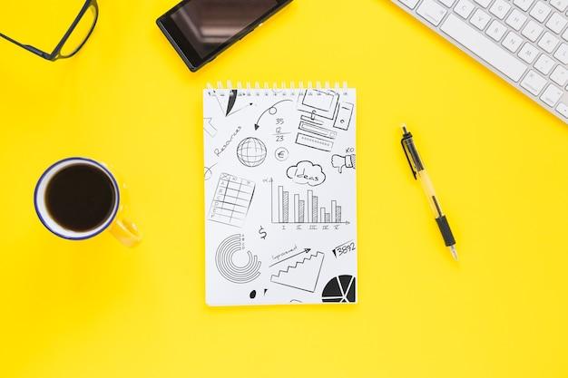 Maquete de papel com internet do conceito de coisas