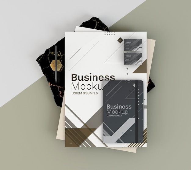 Maquete de papelaria comercial e bloco de notas