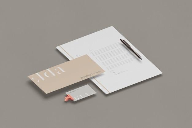 Maquete de papelaria de negócios isométrica