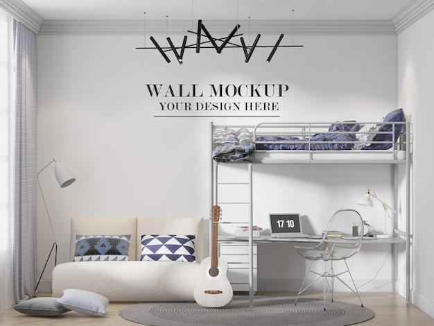 Maquete de parede atrás da cama em beliche de metal