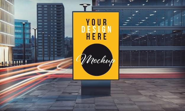 Maquete de pôster comercial em ponto de ônibus no centro da cidade