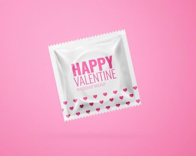Maquete de preservativo realista isolado