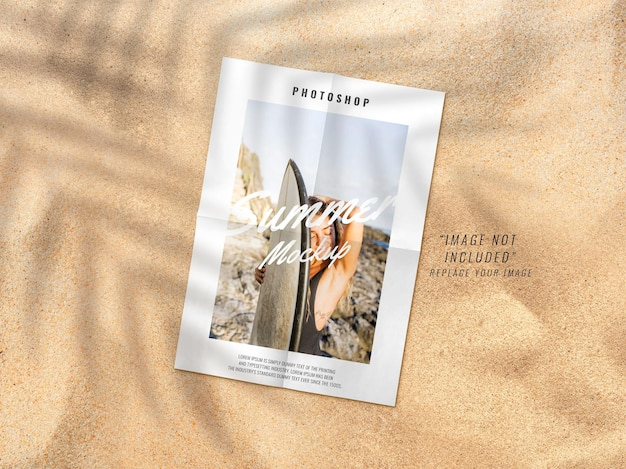 Maquete de propaganda em pôster na praia