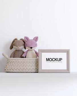 Maquete de quadro com decorações de brinquedos infantis