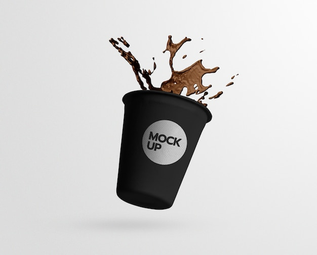 Maquete de respingo de copo de papel de café preto