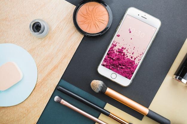 Maquete de smartphone com conceito cosmético