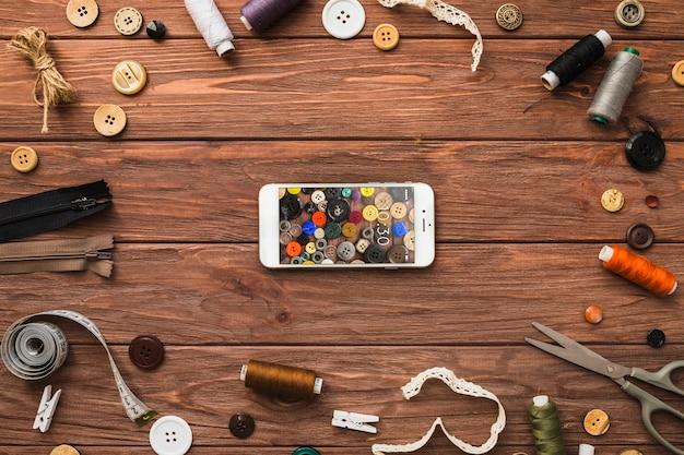 Maquete de smartphone com conceito de costura
