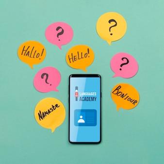Maquete de smartphone da academia de idiomas
