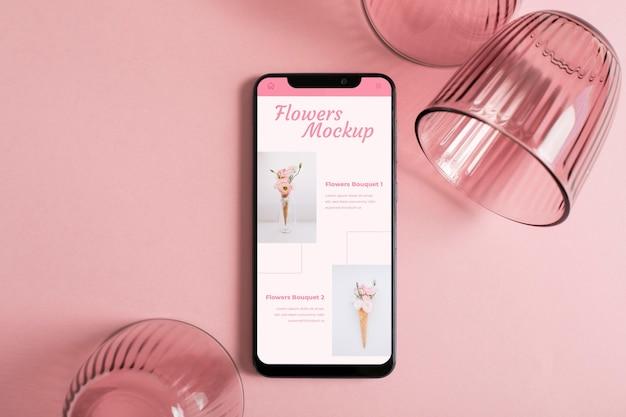 Maquete de smartphone e óculos de vista superior