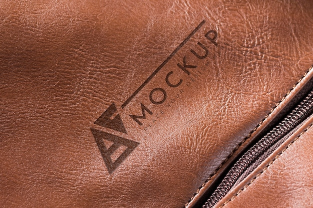 Maquete de superfície de couro marrom com zíper