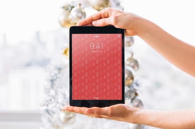 Maquete de tablet com conceito de natal