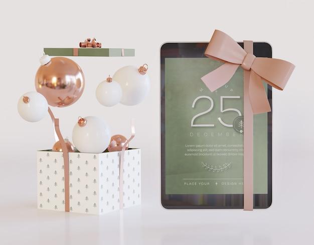Maquete de tablet com decoração de natal Psd Premium