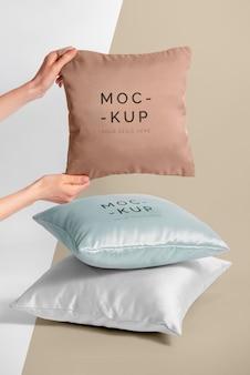 Maquete de tecido de almofada aconchegante