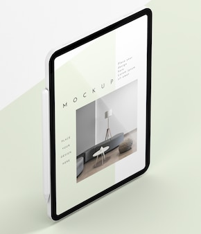 Maquete de tela de tablet moderna de ângulo alto