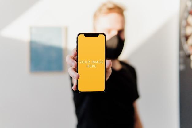 Maquete de telefone na mão