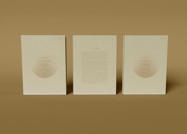 Maquete de três livros