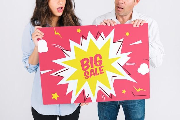 Maquete de venda com casal