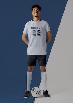 Maquete de vestuário para jogador de futebol masculino