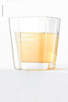 Maquete de vidro shot quadrado, vista de baixo ângulo