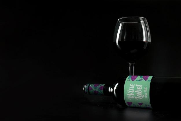 Maquete de vinho elegante com copyspace