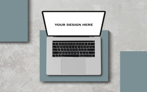 Maquete de vista superior do laptop realista psd grátis