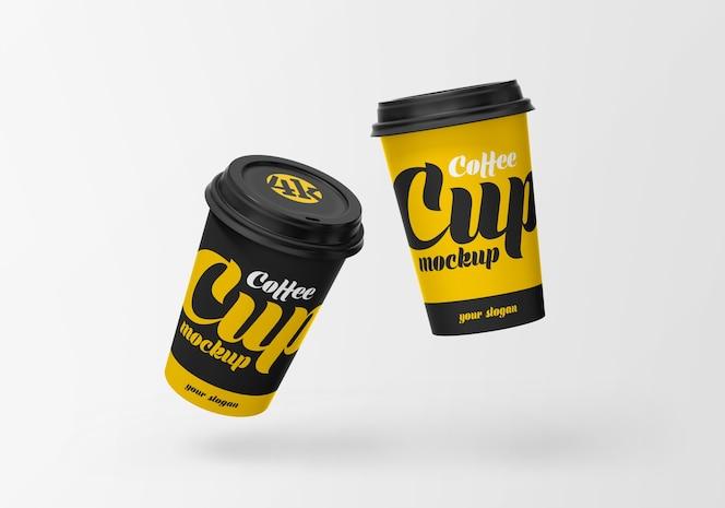 Maquete de xícara de café de papel voador